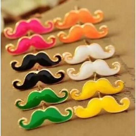 Boucles d'oreilles moustache
