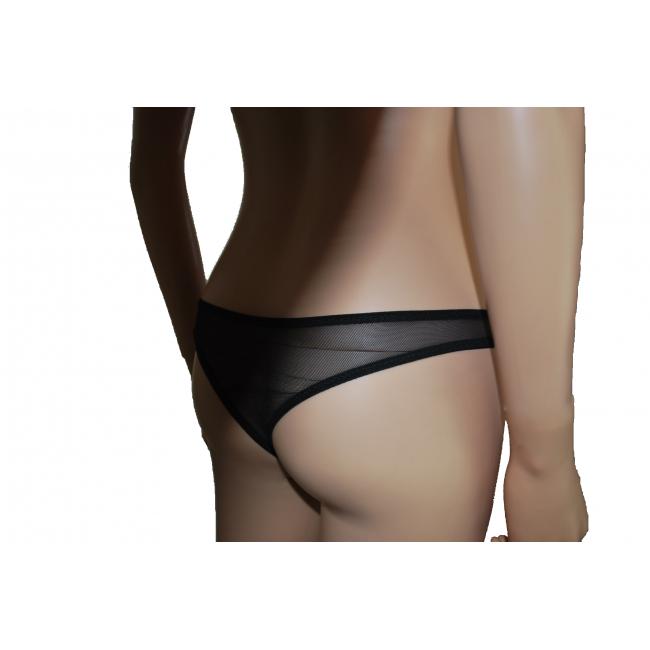 La femme dispose d'un large choix de lingerie adaptée à toutes ses tenues. Cependant, il n'est pas évident de déterminer quel type de sous-vêtement convient le mieux à chacune. Découvrez le transparent, tout en finesse et subtilité.
