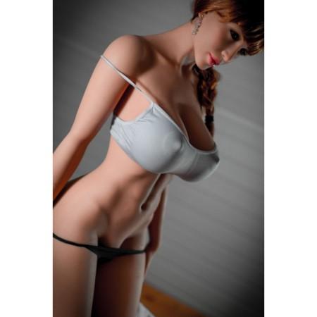 Poupée sexuelle sportive NOÉMIE (170cm - 50kg)