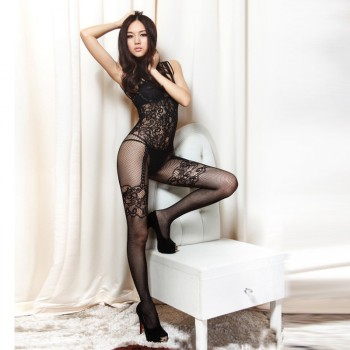 Combination mesh and lace
