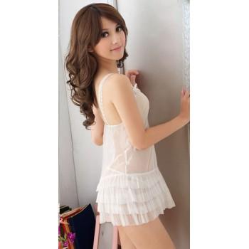 Nuisette glamour blanche avec laçage