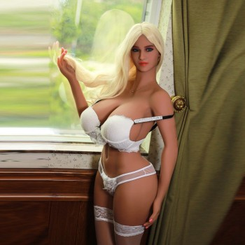 Doll Realistic Sex to the Generous Chest CAROLINA (170cm - 44kg)