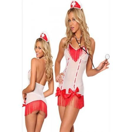Magnifique costume d'infirmière très sexy !